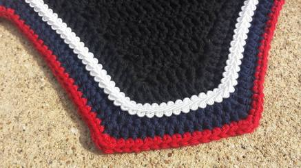 Black, navy, red with white scroll cord.