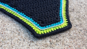 Black, turquoise, lime, black with a row of crystals